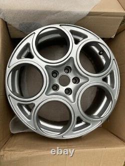Alfa Romeo 156/147 GTA 17inch Original Teledial Wheels