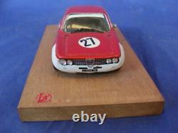 Alfa Romeo GTA 1965 017 1/43 in box Autodelta Barnini firenze toys vintage