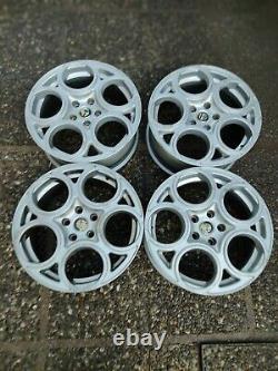 Cerchi in lega Alfa Romeo GTA da 17