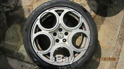 Alfa Romeo 147 Ou 156 Gta 17 Véritables Originaux Jantes En Alliage / Jantes