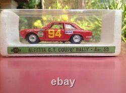 Mercury Alfa Romeo Giulia Sprint Gta Conrero Gr. 4 Jolly Club Art. 40. Le Comité Des Droits Économiques, Sociaux Et Culturels A Adopté Le Projet De Résolution Suivant :